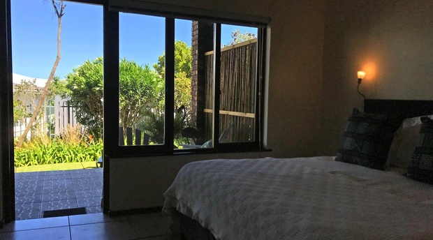 Plett Beacon House, accommodation on the Garden Route, B&B, self-catering villa