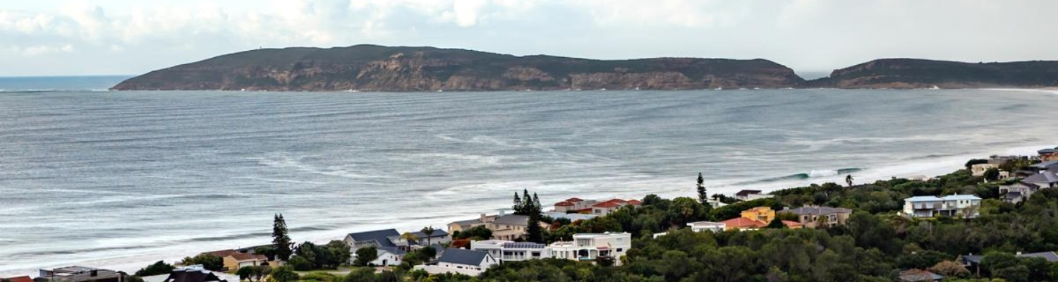 Plett Beacon House, accommodation on the Garden Route, B&B, self-catering villa, family, Plettenberg Bay